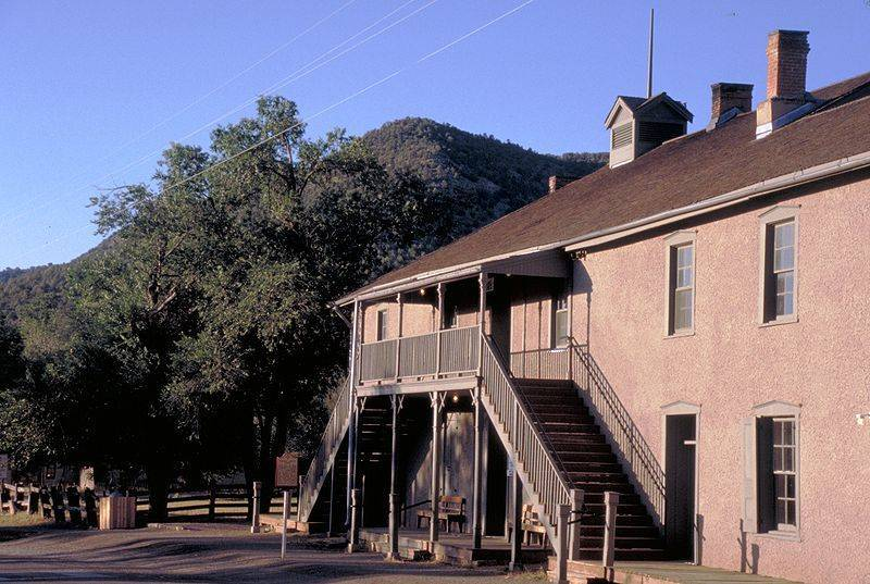 The Bluegrass Special: February 2011: A Belle Of Old Fort Sumner
